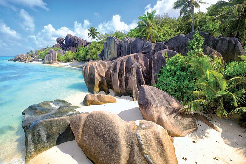 image Seychelles Ladigue Anse Source Argent plage  fo