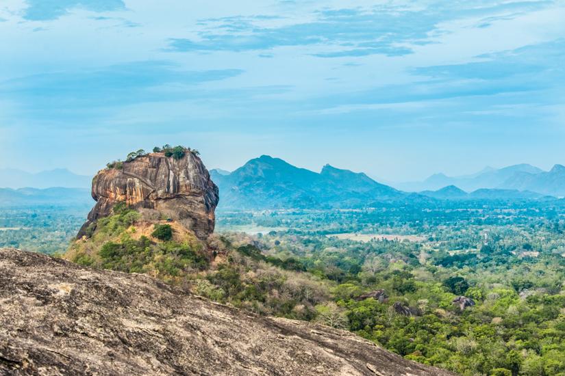 image Sri lanka sigiriya forteresse rocher pidurangala 04 as_83021099