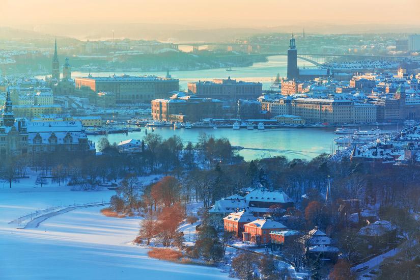 image Suede stockholm ville hiver neige maison colore pont 38 it_158913905