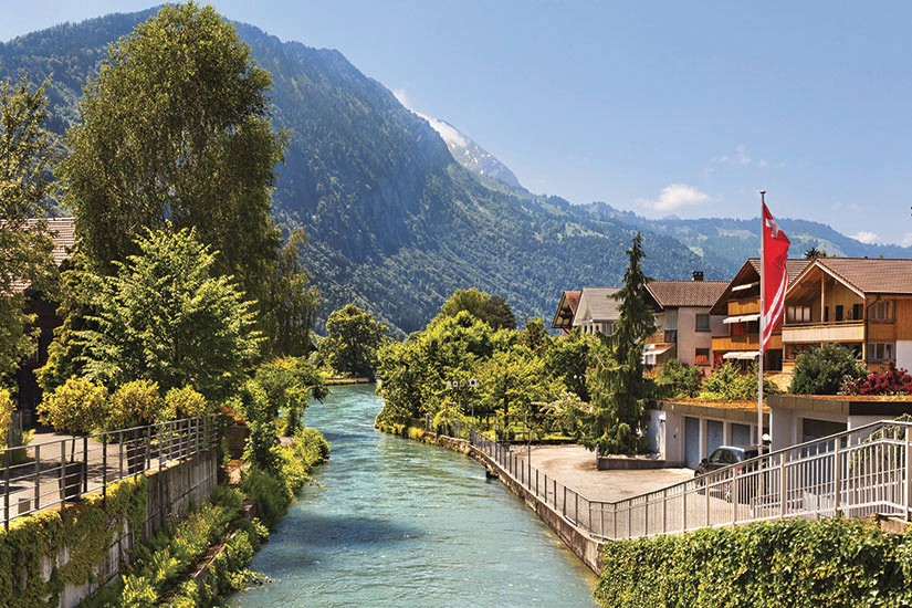 image Suisse Interlaken riviere  it