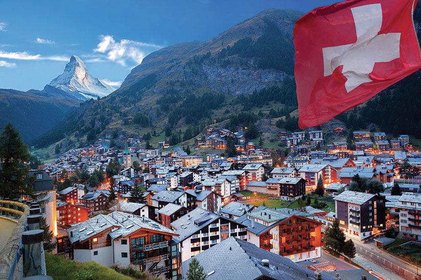 image Suisse Zermatt Le sommet du Matterhorn  fo