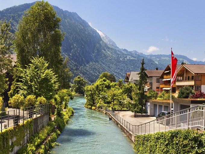 image Suisse interlaken riviere