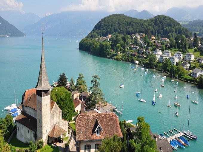 image Suisse lac de thoune