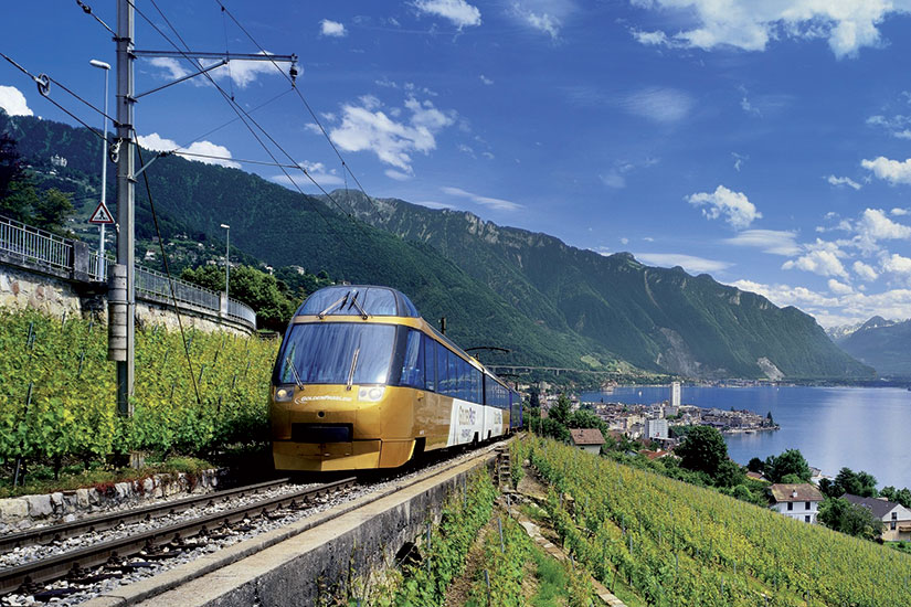 image Suisse train goldenpass panoramic