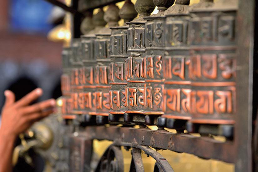 image Tibet Nepal roues de priere  fo