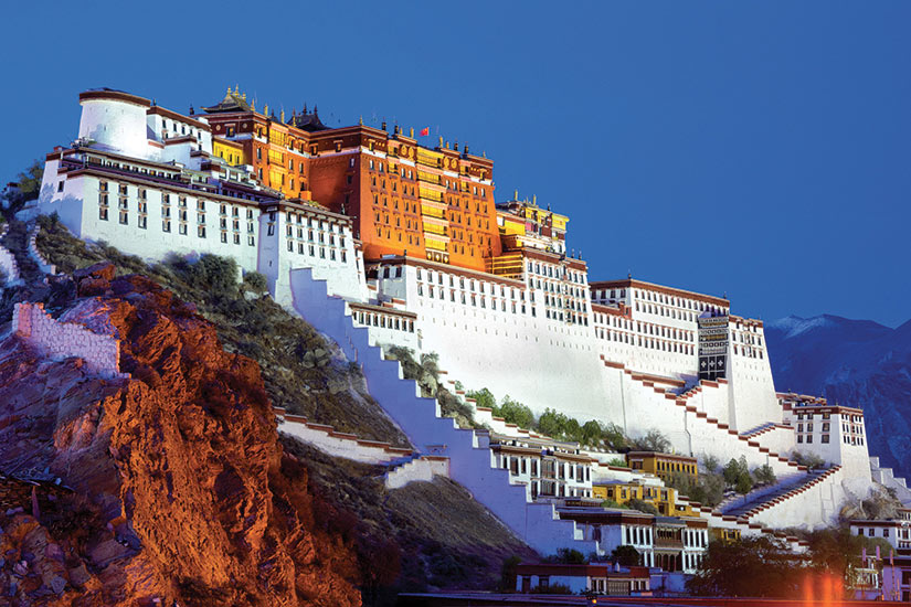 image Tibet Potala palace au crepuscule a Lhasa  fo