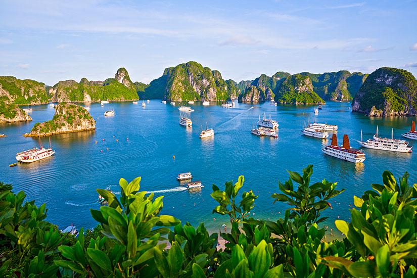 image Vietnam Halong Bay panorama  fo