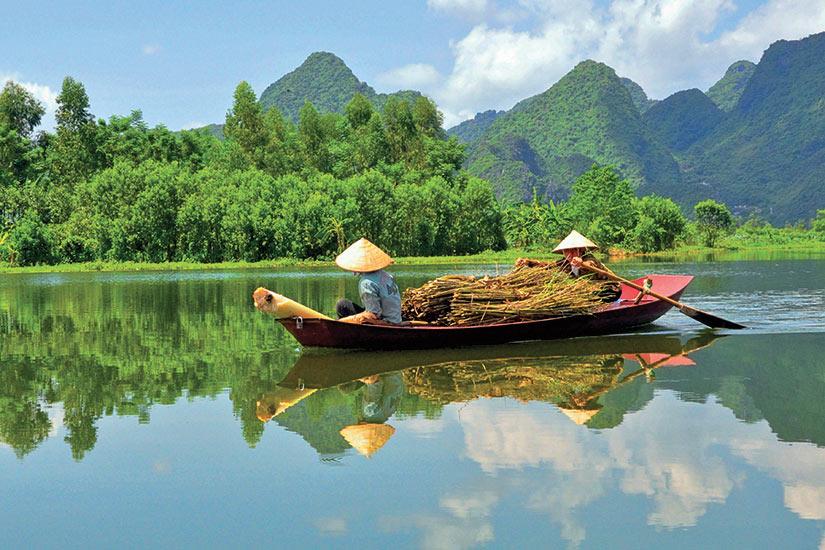 image Vietnam bateau bois de chauffage  fo