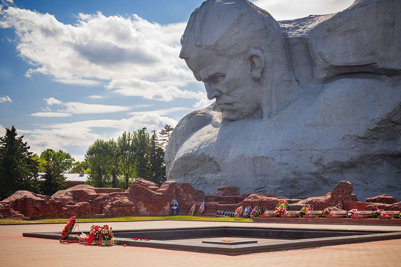 image belarus monument guerre braves  fo