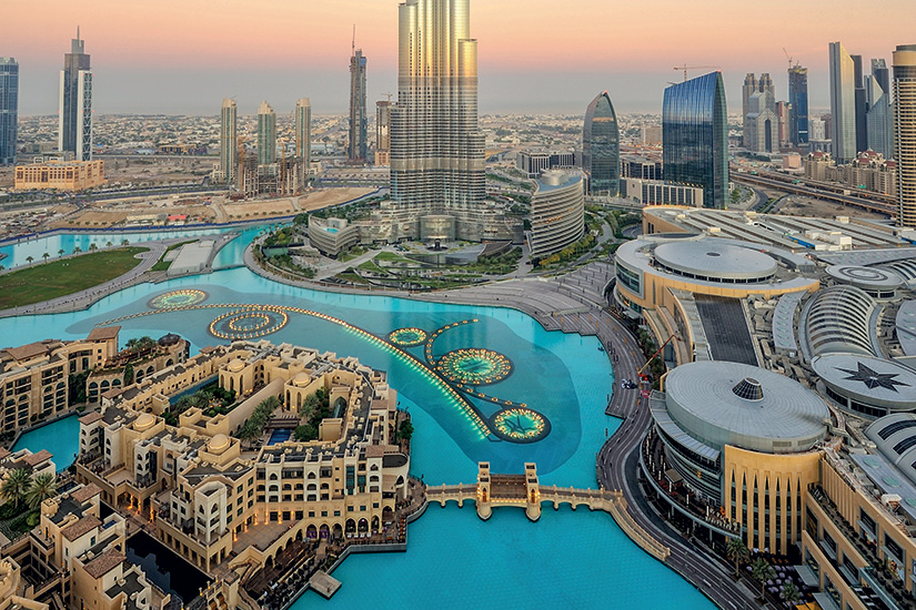 Réserver des vols de Lyon (LYS) à Dubai (DXB) avec Emirates.