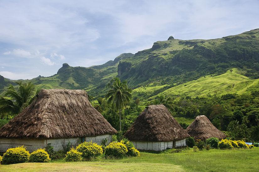 image fidji viti levu navala maisons traditionnelles  fo