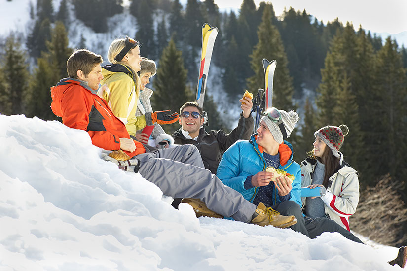 image skieurs neige parler  it