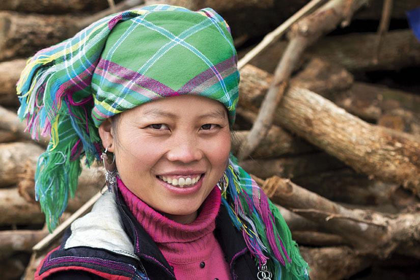 image vietnam lao chai hmong femme traditionnelle sapa  fo