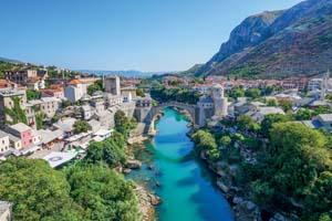 bosnie herzegovine mostar vieux pont 40 as_129584047