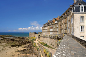 vignette France saint malo remparts