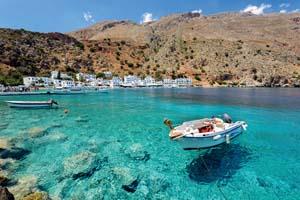 grece ile crete ville loutro petit bateau moteur eau claire 26 as_115281035
