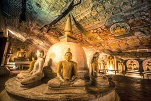 srilanka dambulla statues bouddha temple grotte 07 as_82837178