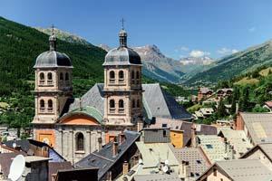 vieille ville et collegiale eglise briancon france 88 it_836860392