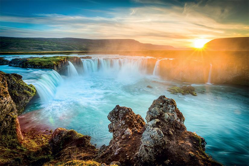 (image) image Islande Godafoss au coucher du soleil belle cascade longue exposition 05 fo_69637634