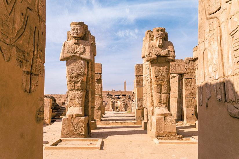 Image luxor egypte les ruines antiques de karnak temple en egypte a midi 39 as_129664483