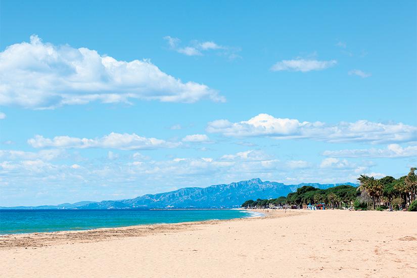 (image) image Plage a Cambrils sur la Costa Dorada cote Espagne 14 as_110326476