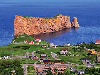 amerique du nord canada le rocher perce a perce
