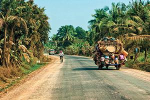 cambodge battambang rue voiture  fo