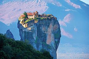 grece meteores photo d un monastere de la sainte trinite  fo