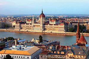 hongrie budapeste parlement vue du chateau de buda  fo
