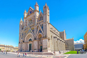 italie ombrie cathedrale orvieto  fo