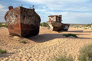 ouzbekistan mer aral moynaq bateaux desert  fo