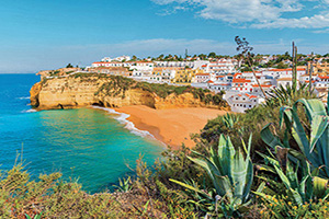 portugal albufeira une vue du village de pecheurs  fo