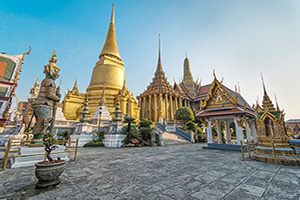 thailande bangkok phra kaeo temple bouddha emeraude  it