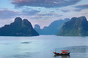 vietnam baie halong  it