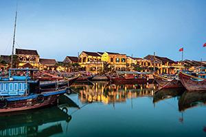 vietnam hoi an vieille ville apres le coucher du soliel  fo