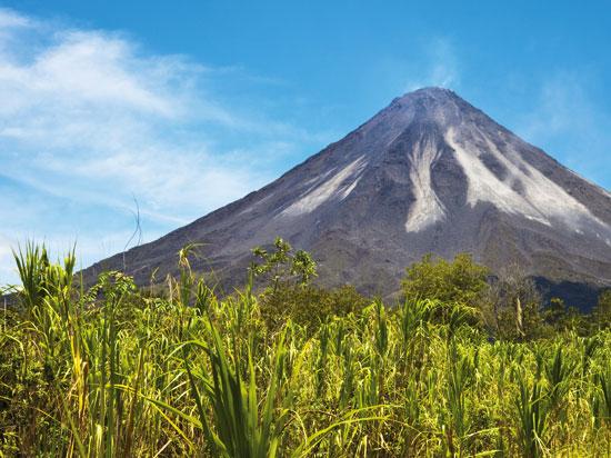 NT costa rica volcan arenal  fotolia