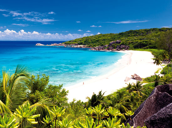 NT seychelles plage de praslin fotolia