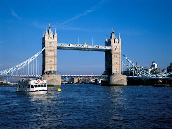 mini angleterre londres tower bridge 2012