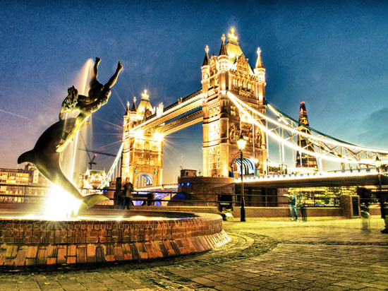 angleterre londres tower bridge hiver  fotolia
