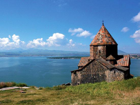 (Image) armenie lac sevan  fotolia