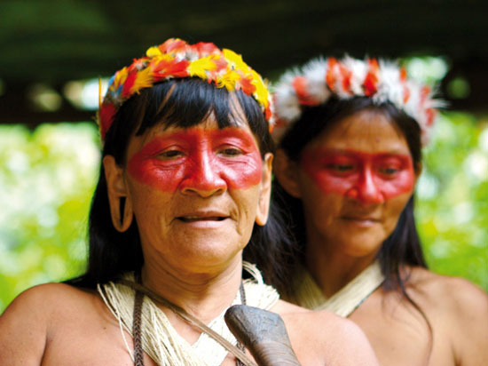 equateur amazonie tribu  fotolia
