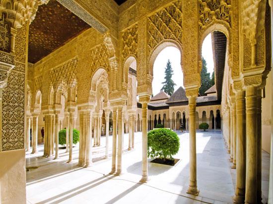 espagne grenade alhambra  fotolia