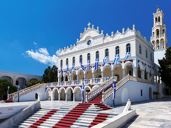 grece tinos paques istock
