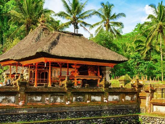 (Image) indonesie bali temple tirta empul  fotolia