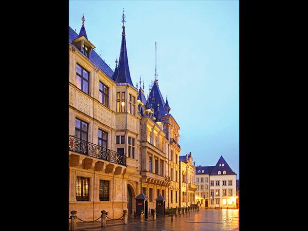 luxembourg parlais ducal fotolia
