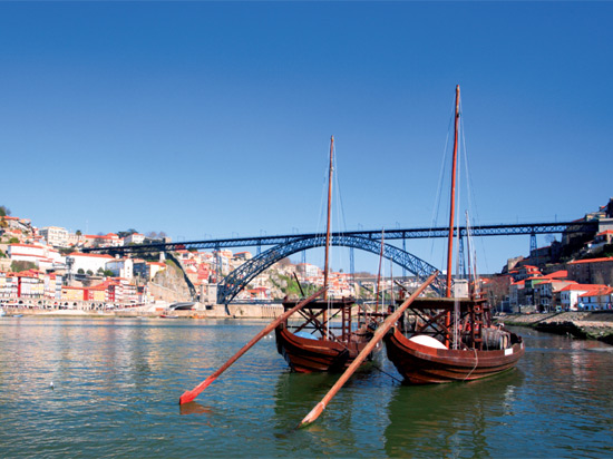 circuit merveilles du portugal portugal avec voyages leclerc national tours ref 401429. Black Bedroom Furniture Sets. Home Design Ideas