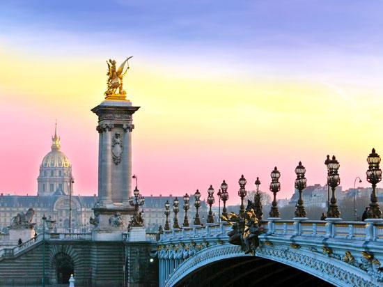 paris invalides pont alexandre   fotolia