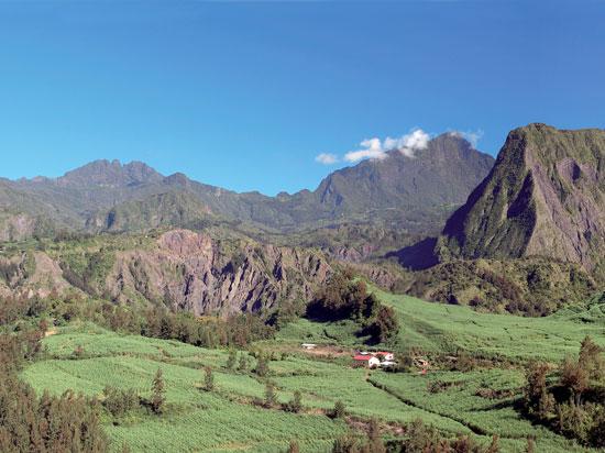 (Image) reunion 2012 volcan  fotolia