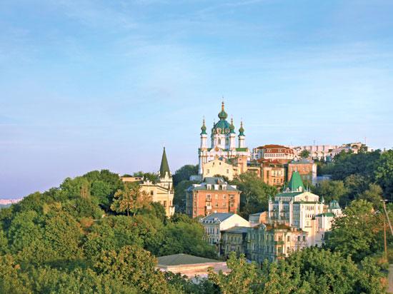 ukraine kiev descente saint andre  fotolia